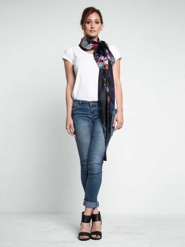 tiediescarf-silkscarf-scarfwithtassels-navyscarf-bluescarf-designerscarf-maati-Holidayshopping-holidaygifts-giftforher-blackfriday-cybermondaydeals-blackfridaydeals